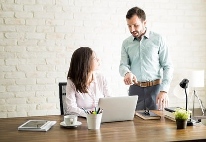 Learn why we have trouble with this type of conversation and discover 7 ways to ensure you always give fair, objective feedback when it's needed.